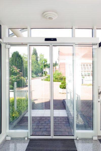 ECdrive + Protective Door Leaf+ GC 362, Finance Academy