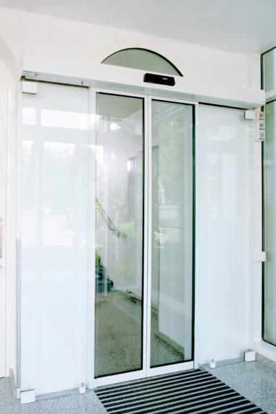 ECdrive + Protective Door Leaf, Finance Academy