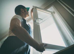 montaż okien w domu